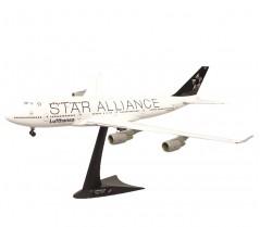 "Модель самолета Boeing 747-400 Lufthansa ""Star Alliance"" 550635"
